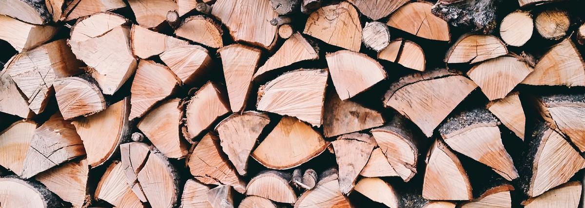 焚き火台の薪
