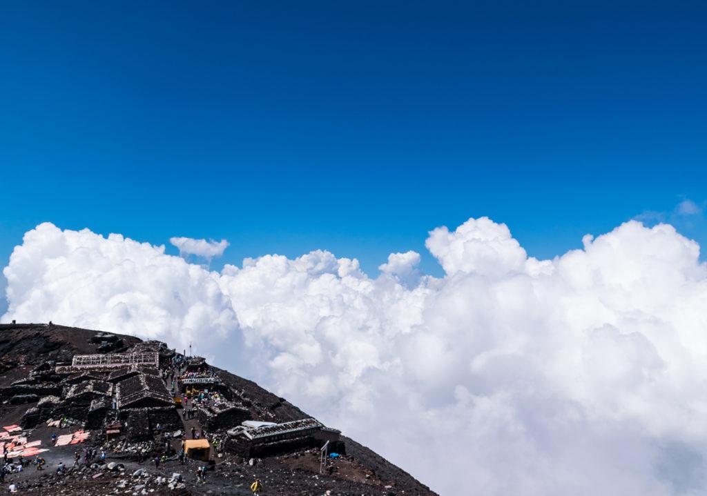 富士山頂山小屋