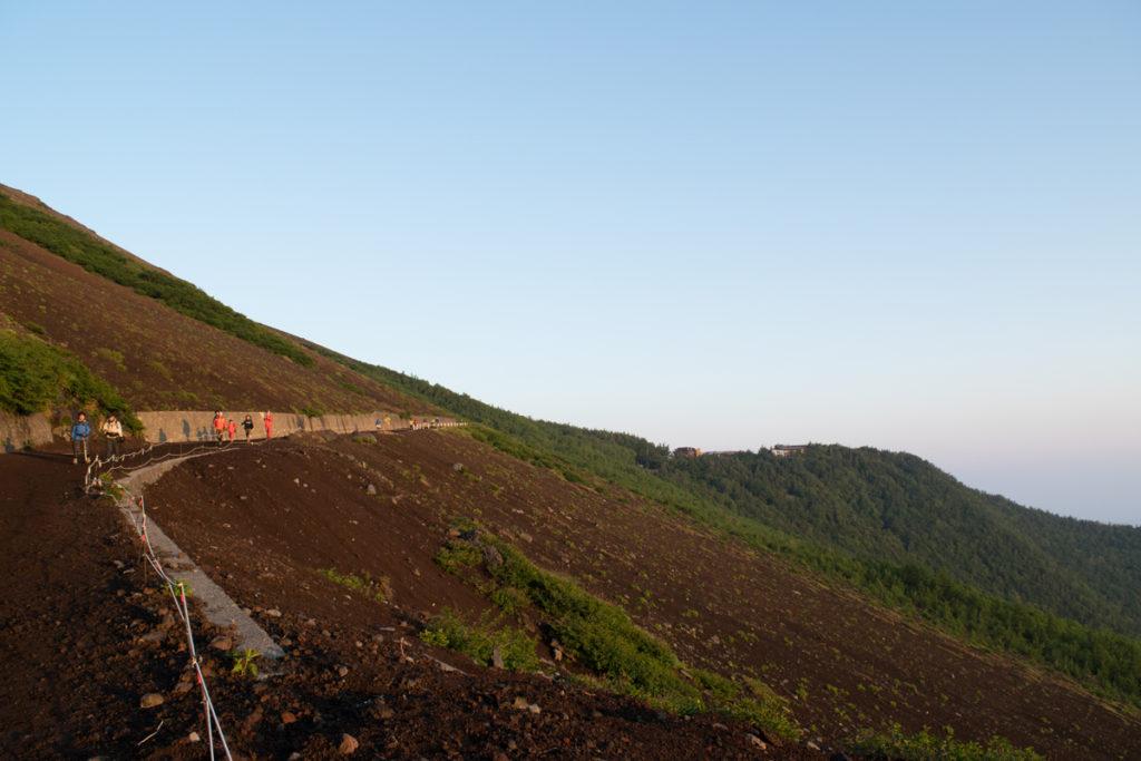 富士山6合目へ登山道