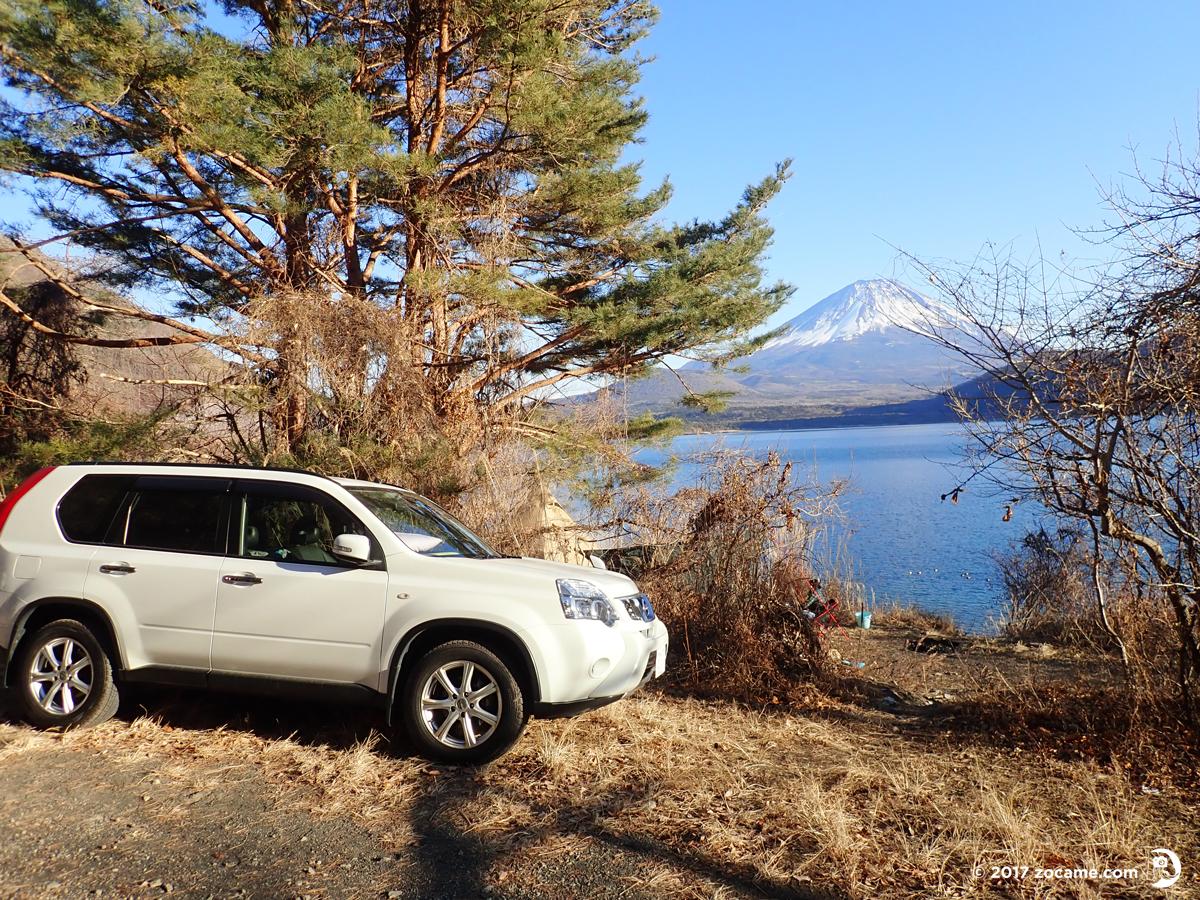 """浩庵キャンプ場とエクストレイルと富士山と本栖湖"""""""