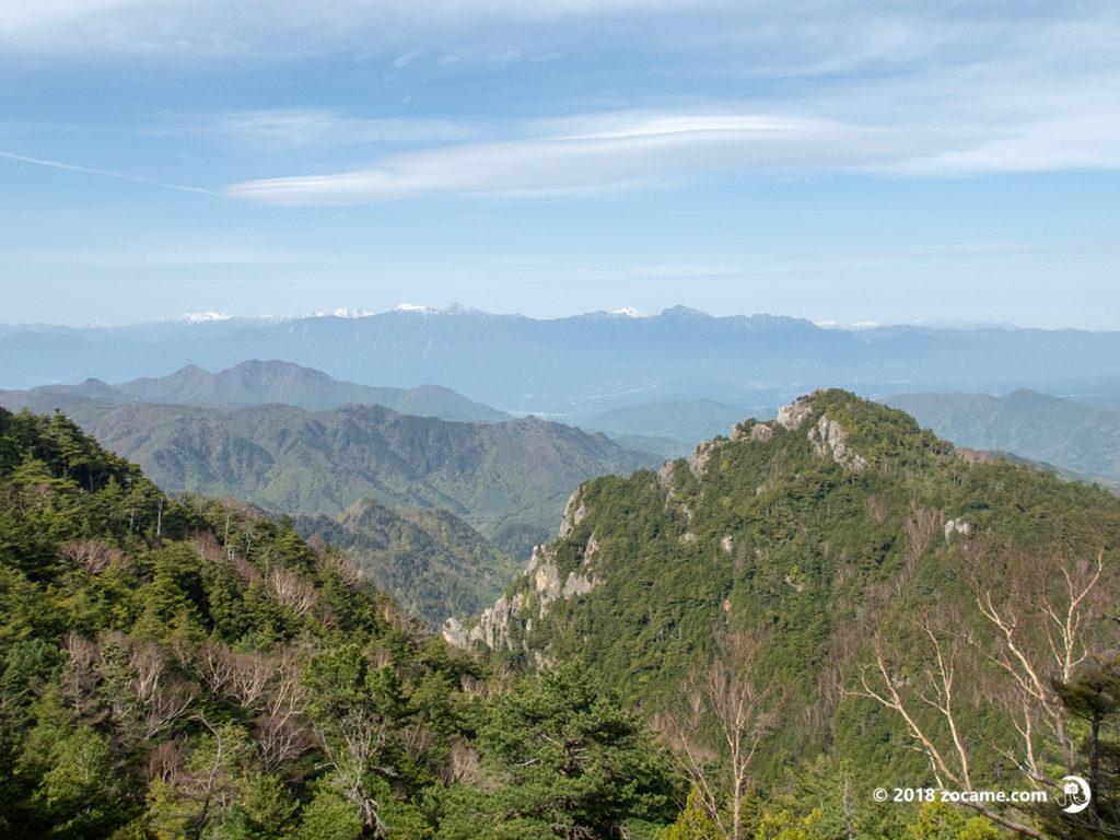 金峰山登山道からの眺望八ヶ岳