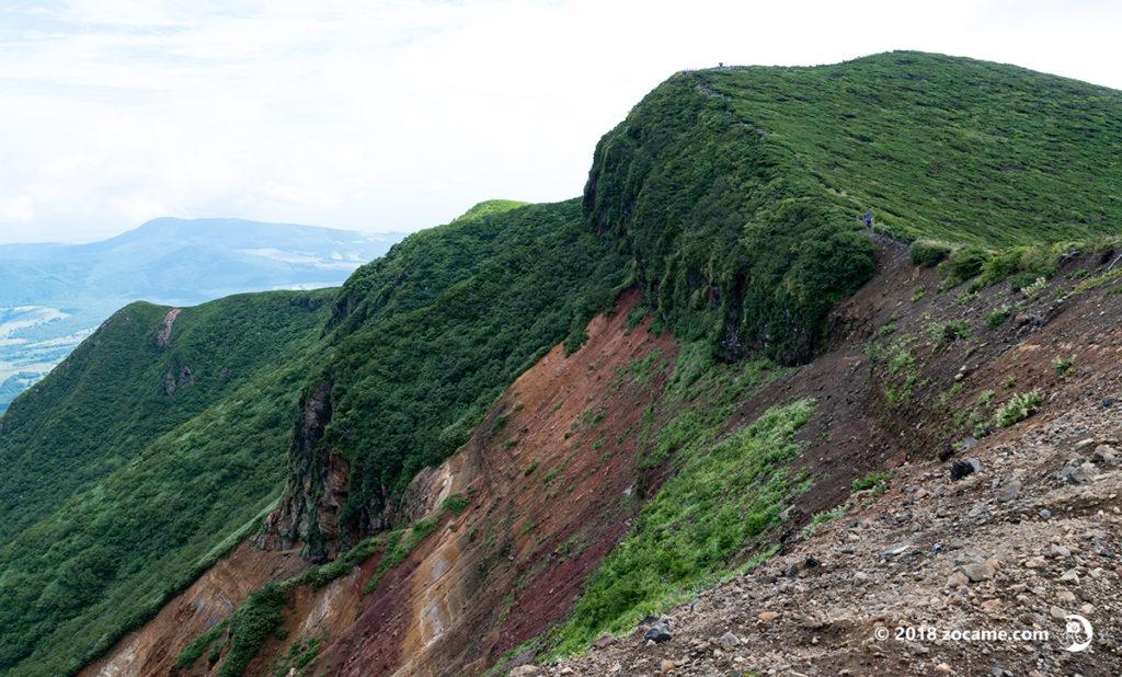 赤倉岳の火口