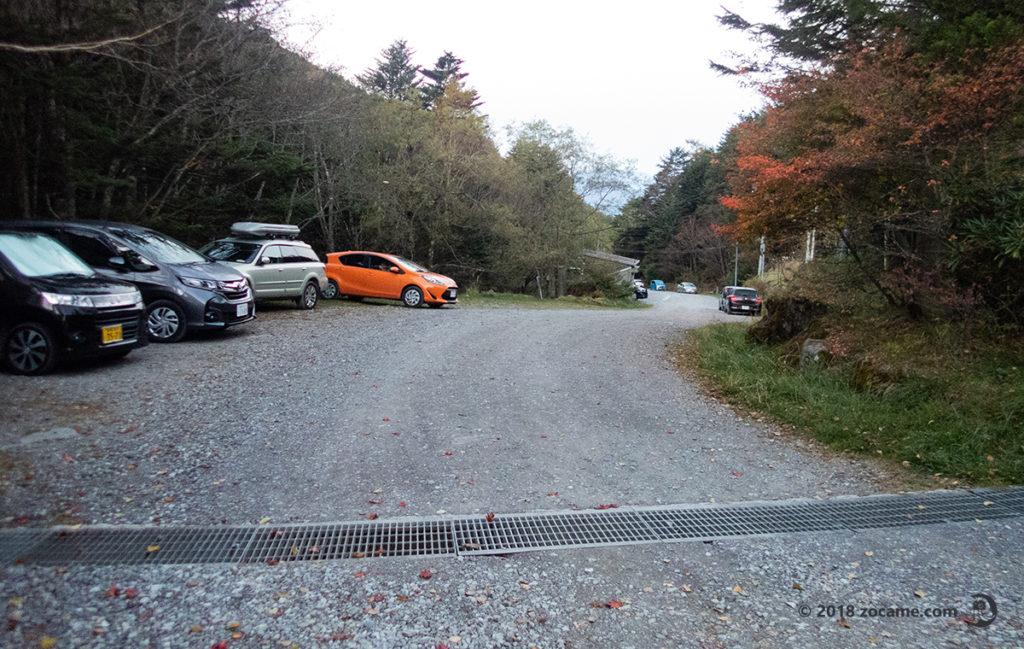 西天狗岳へ!唐沢鉱泉登山者用無料駐車場の朝